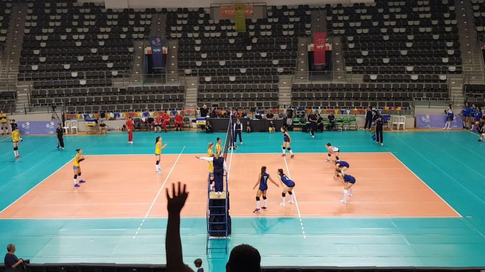 נבחרת ישראל בכדורעף (צילום: בן סער)
