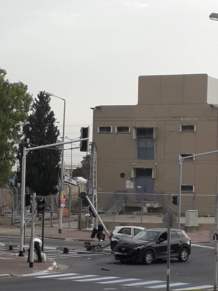 תאונה ברחוב פרץ נשר צילום אברהים סעיד
