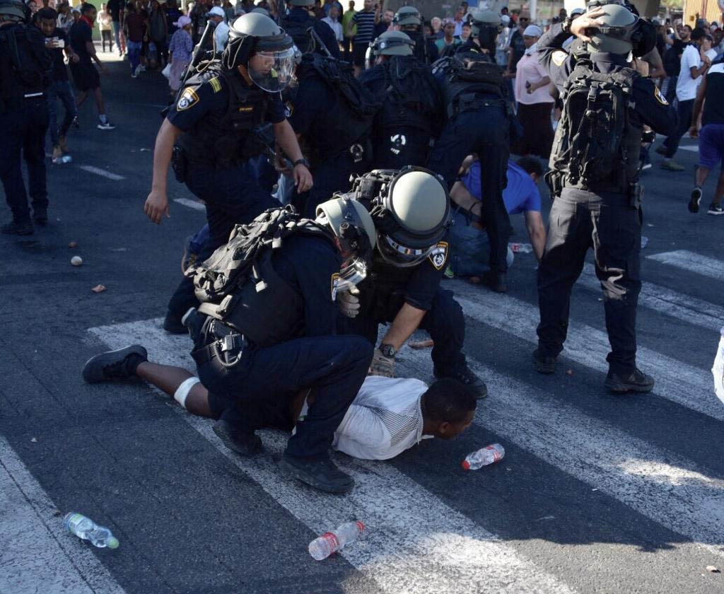 מעצר מתפרעים באזור הקריות 2/7/19 (צילום: משטרת ישראל)