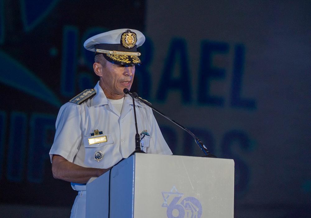 מפקד חיל הים של הונדורס בטקס השקת ספינת מלחמה מתוצרת מספנות ישראל (צילום: ירון כרמי)