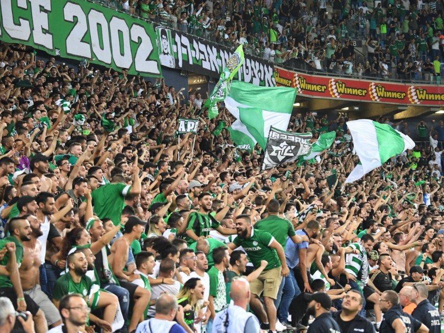 קהל האוהדים של מכבי חיפה   - נמאס להם ממחמאות רוצים תארים (צילום: האתר הרשמי של מכבי חיפה)