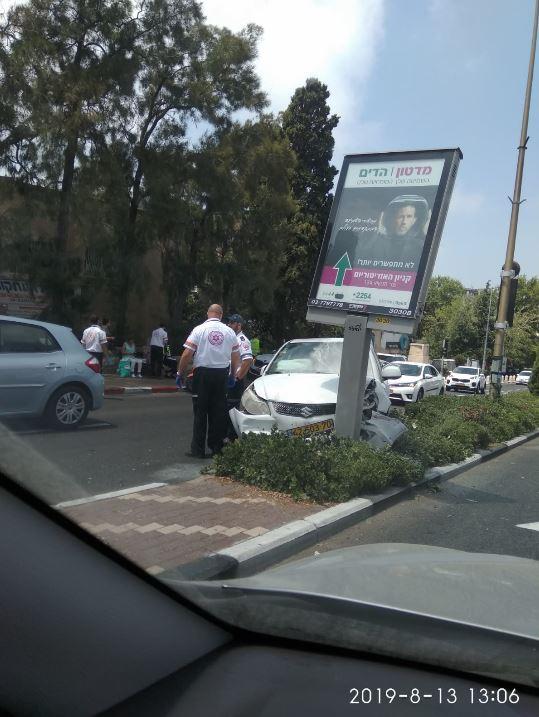 תאונה ציר מוריה (צילום מירי אייל)