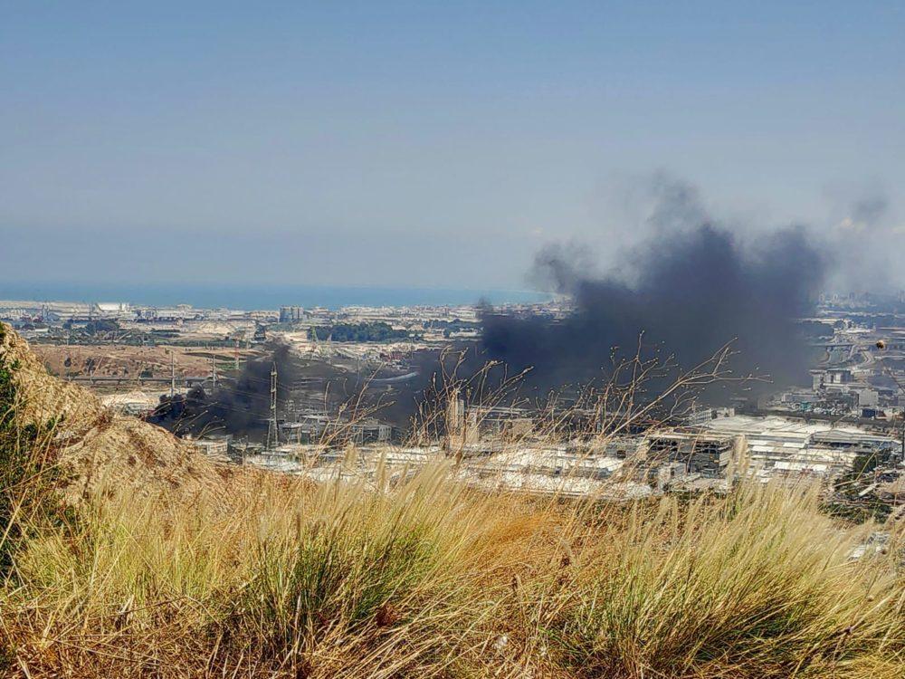 שריפה באזור הציק פוסט (צילום עדי לסקר)