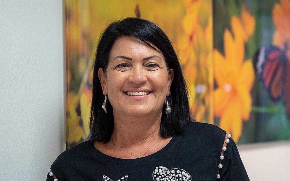 יפה דהן - המנהלת האדמינסטרטיבית של מרפאת זאב (צילום: ירון כרמי)
