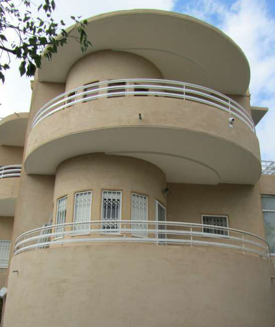 מבנה באוהאוס בחיפה (צילום: עומרי זילכה)