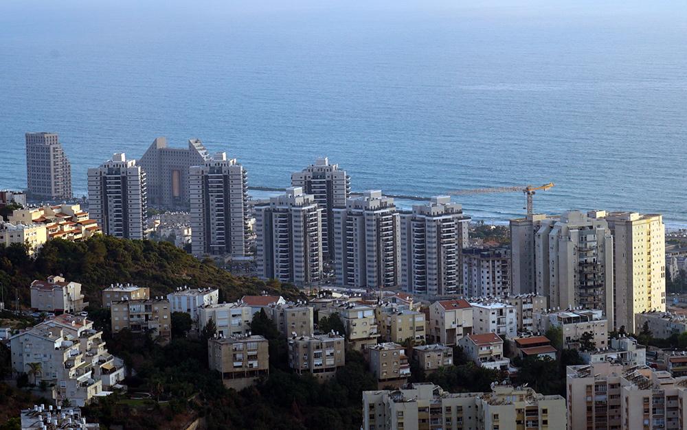 בנייה לגובה בחיפה - מגדלים - רמת הנשיא (צילום: ירון כרמי)