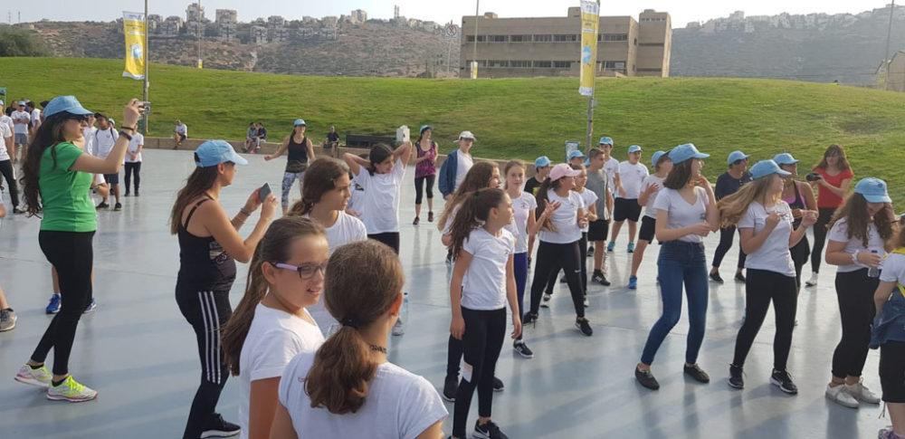 יום ההליכה הבינלאומי בטיילת חוף הים בחיפה (צילום: מאיה שפירר-אבני)