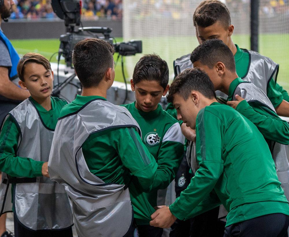 ילדי מכבי חיפה - משחק השלום בחיפה - ברזיל נגד ישראל (צילום: ירון כרמי)
