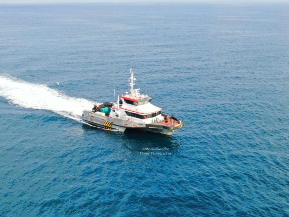 ספינת הטרימרן Cable Bay בחיפה (צילום: מרום בן אריה - צילומי אוויר - 054-869-4777)