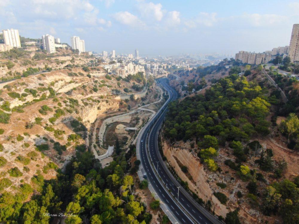 נחל הגיבורים בחיפה - הפארק הנטוש (צילום: מרום בן אריה - צילומי אוויר 054-869-4777)