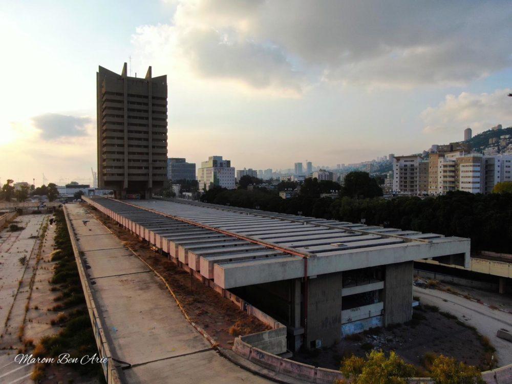 התחנה המרכזית הישנה הנטושה בצילום אוויר מרחפן (צילום: מרום בן אריה צילומי אוויר - 054-869-4777)