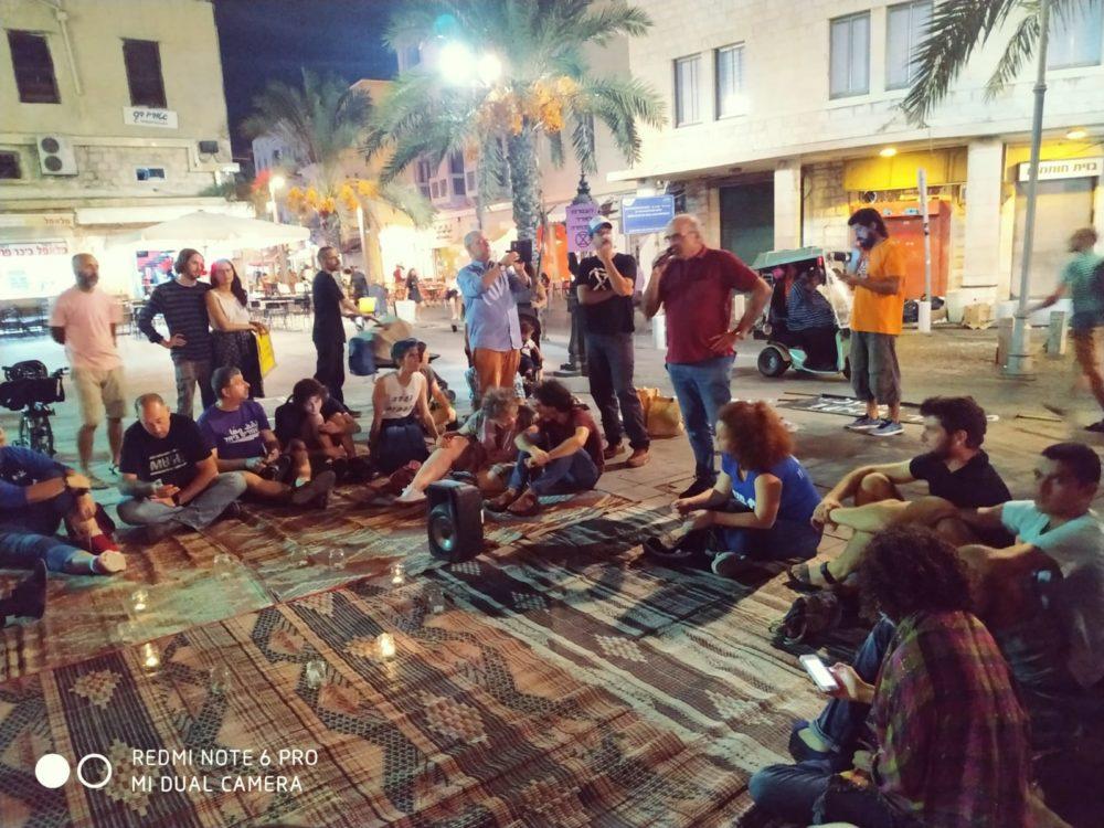 מעגלי שיח - חשיפה למשבר האקלים - חיפה - עיר תחתית (צילום: מוטי בליצבלאו)