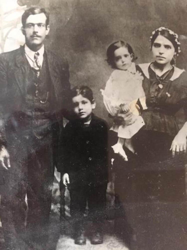 משפחת רפאל בונאן (אל ג'אלי) בנה של אלמאזה לבית חסאן