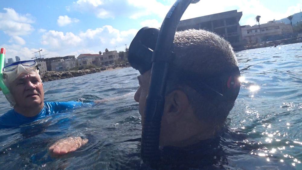 ירון כרמי מראיין את אביהו האן • הפנינג צלילה בבת גלים (צילום: ירון כרמי)