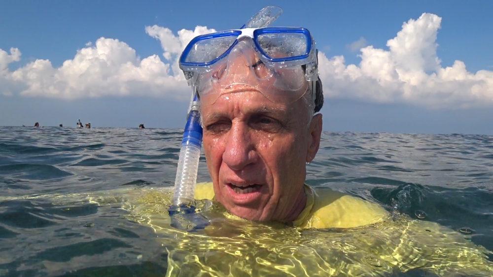 אקי פלקסר בראיון לחי פה • הפנינג צלילה בבת גלים (צילום: ירון כרמי)