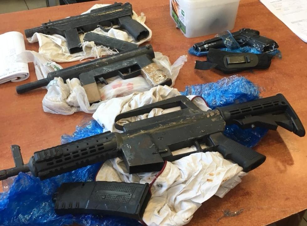נשקים (צילום משטרת ישראל)