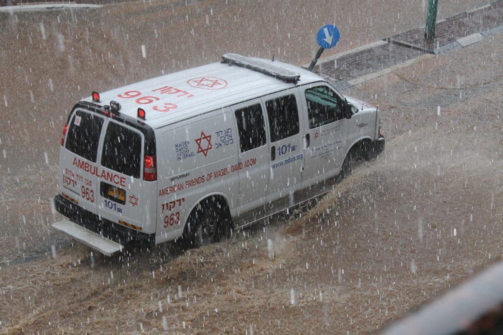 """אבלונס בסופה (צילום: ברוך הופמן דוברות מד""""א)"""