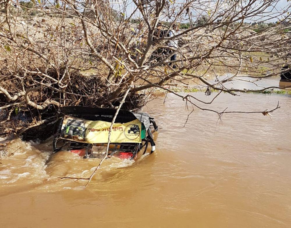 רייזר טבע בנחל ציפורי (צילום: מיכאל רוזנבלאו)