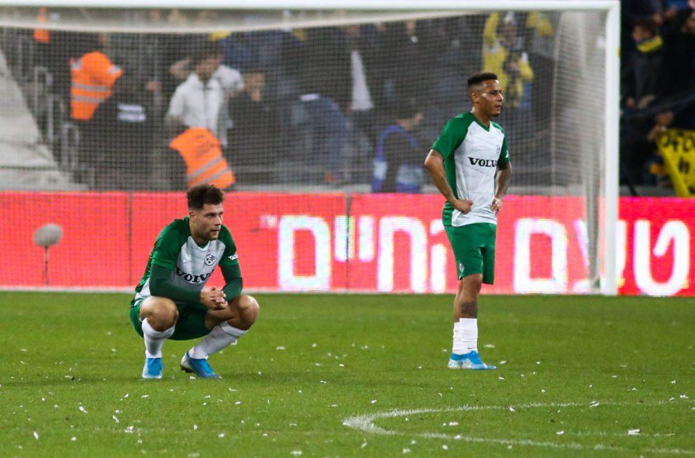 מכבי חיפה בכדורגל (צילום: שי מזור)
