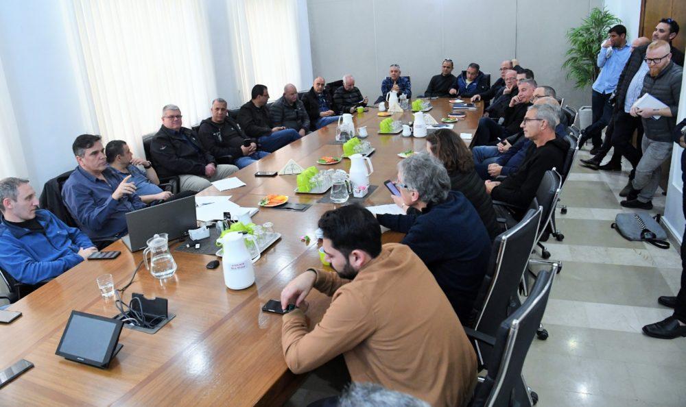 ישיבת הערכות עיריית חיפה (צילום ראובן כהן)