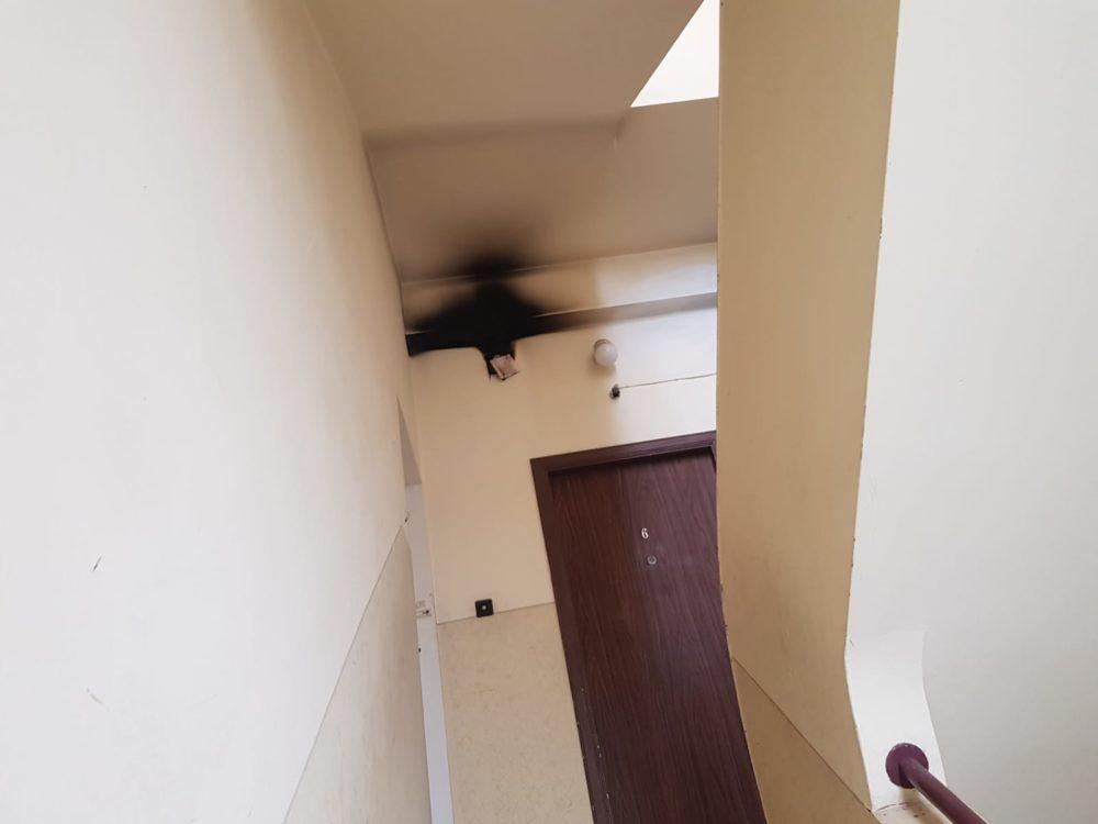 שריפת מבנה בבנין בהדר (צילום: כבאות והצלה)