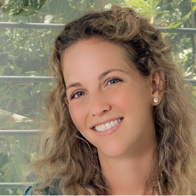 דקלה הראל (צילום: שרון בוכבינדר מורן)