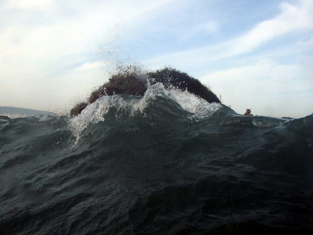 מילוי חול - נסיגת החול בחוף קריית חיים (צילום: מוטי מנדלסון)