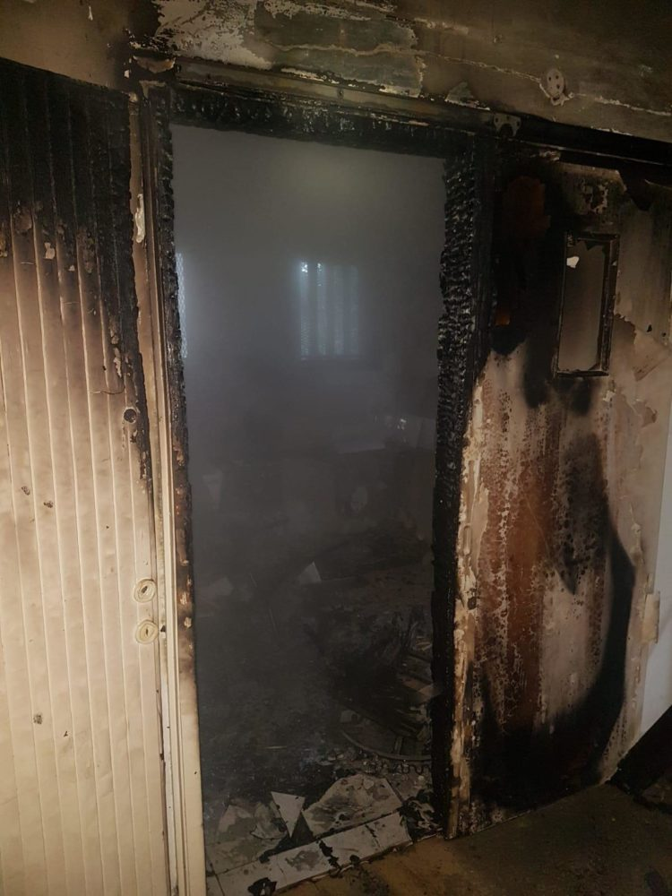 שריפת בנין נטוש (צילום: כבאות והצלה)