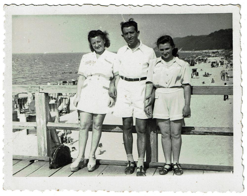הלינה בהפלגה עם שמואל ומינה, 1948 (אלבום פרטי)
