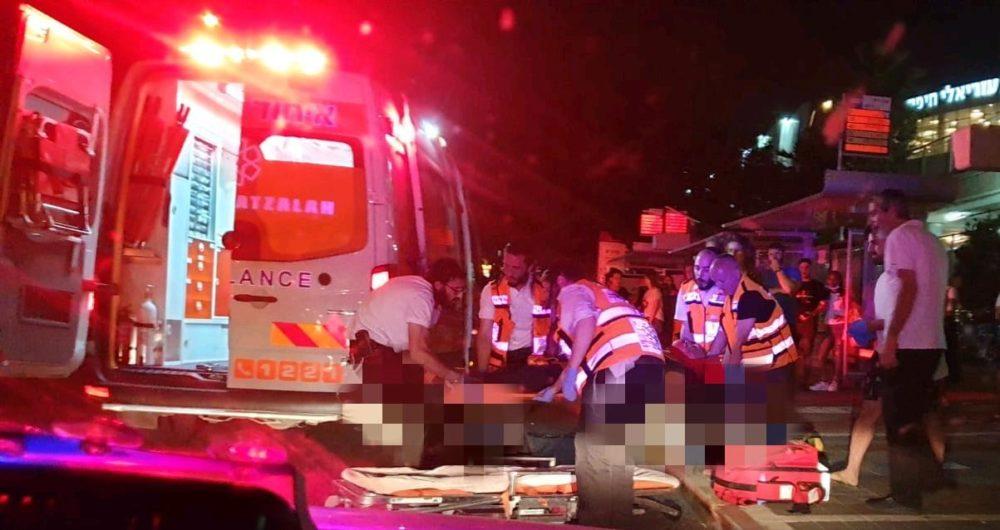 בת 30 נפגעה מאופנוע בשדרות ההגנה בחיפה  (צילום: איחוד הצלה)