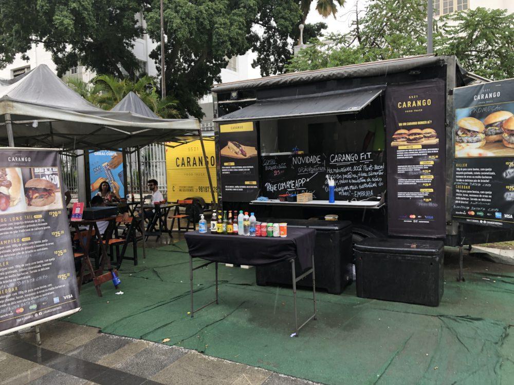 קרוניות מזון Food Trucks בנמל של העיר ריו בברזיל (צילום: ירון כרמי)