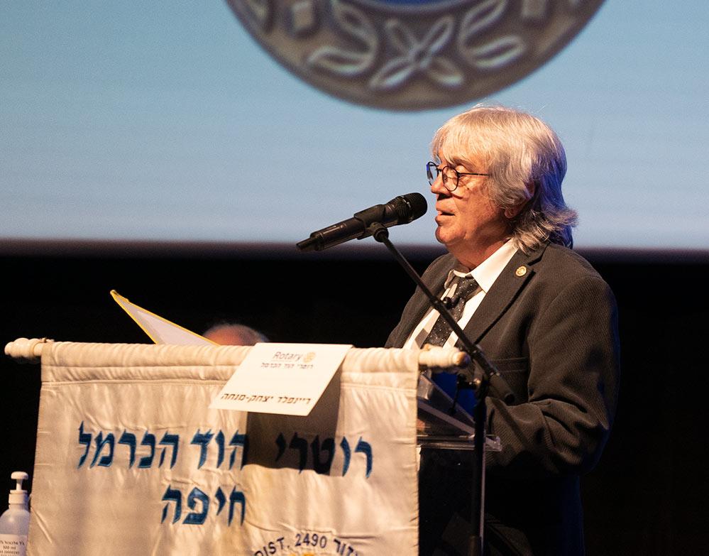 חיים גרשון בטקס הענקת עיטור פול האריס - רוטרי הוד הכרמל (צילום: ירון כרמי)