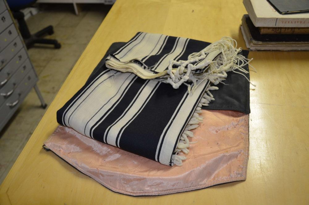 תרומה למוזיאון הרמן שטרוק בחיפה (צילום: רן הילל)