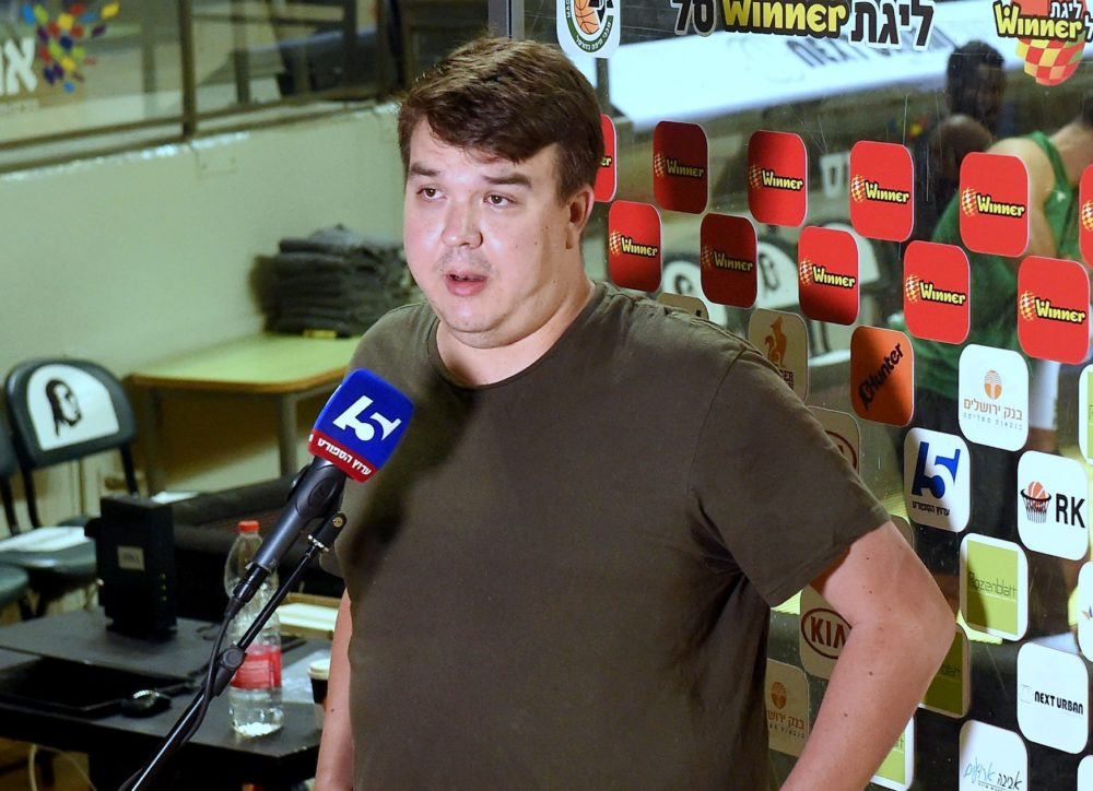 דניאל סאואנה, מאמן הירוקים (צילום: יוסף הירש)