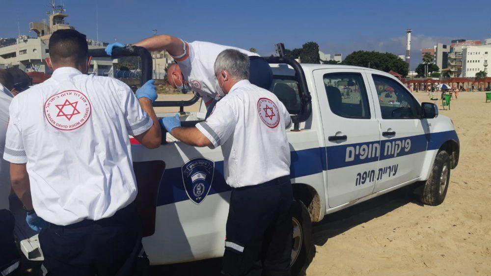 רכב פיקוח חופים עיריית חיפה (צילום: חי פה)