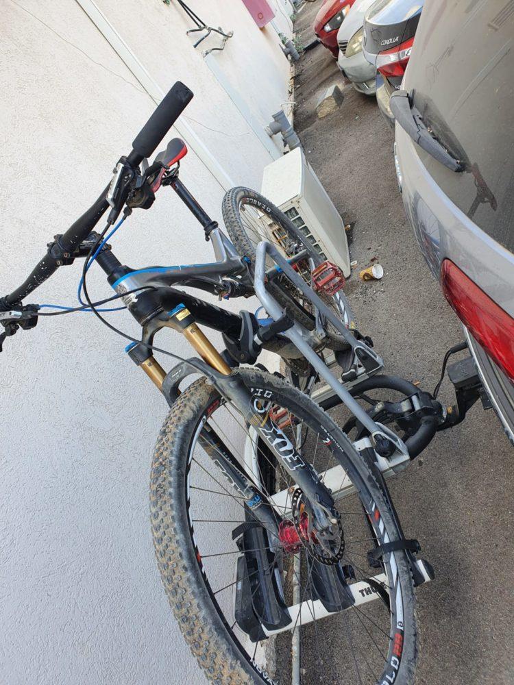 האופניים הגנובים (צילום: דוברות המשטרה)
