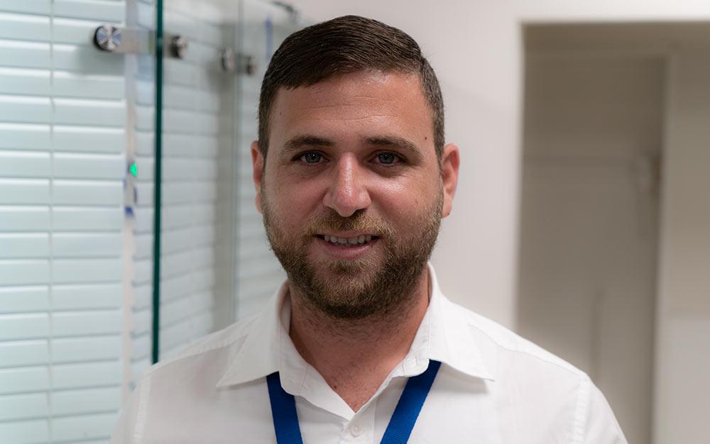"""ד""""ר נג'ואן כיאל - מנהל מוקד הלילה וסופי השבוע של כללית בבית החולים כרמל (צילום: ירון כרמי)"""