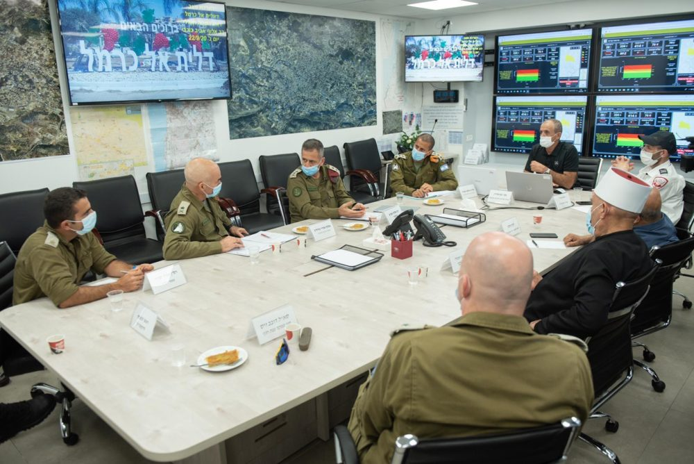 """הרמטכ""""ל אביב כוכבי ביקר בחיפה ובמועצה המקומית דליית אל כרמל (צילום: צה""""ל)"""