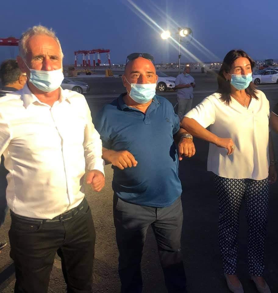 מירי רגב ישראל כהן וחזי עיני בנמל המפרץ בחיפה (צילום: חזי עיני)