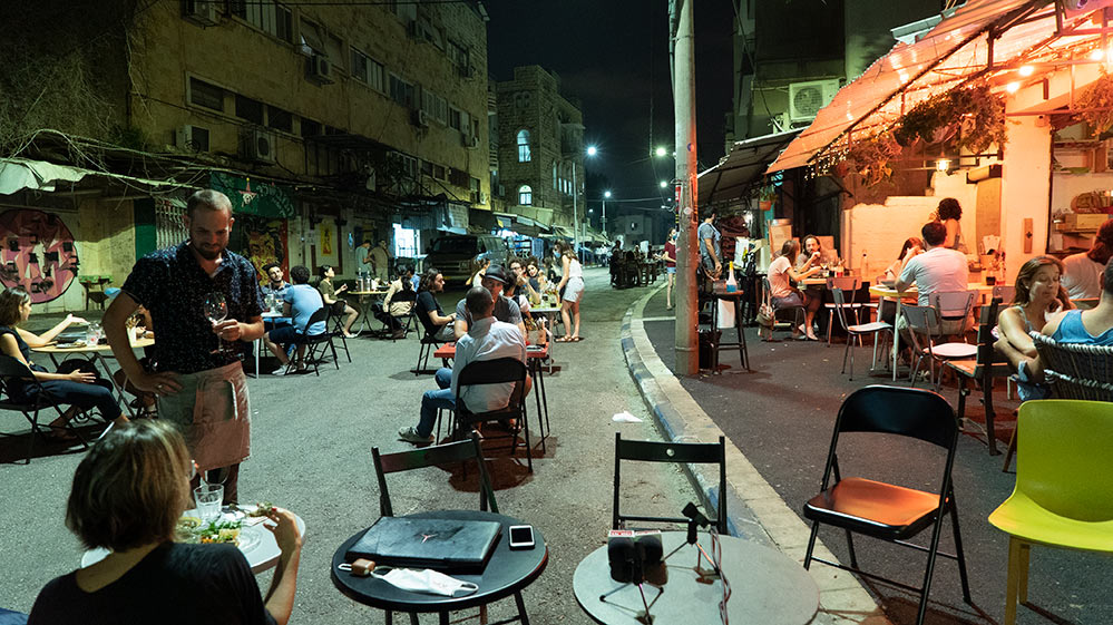 המדרחוב ברחוב סירקין בחיפה - שוק תלפיות - באירוע רחוב לסגירת העונה (צילום: ירון כרמי)