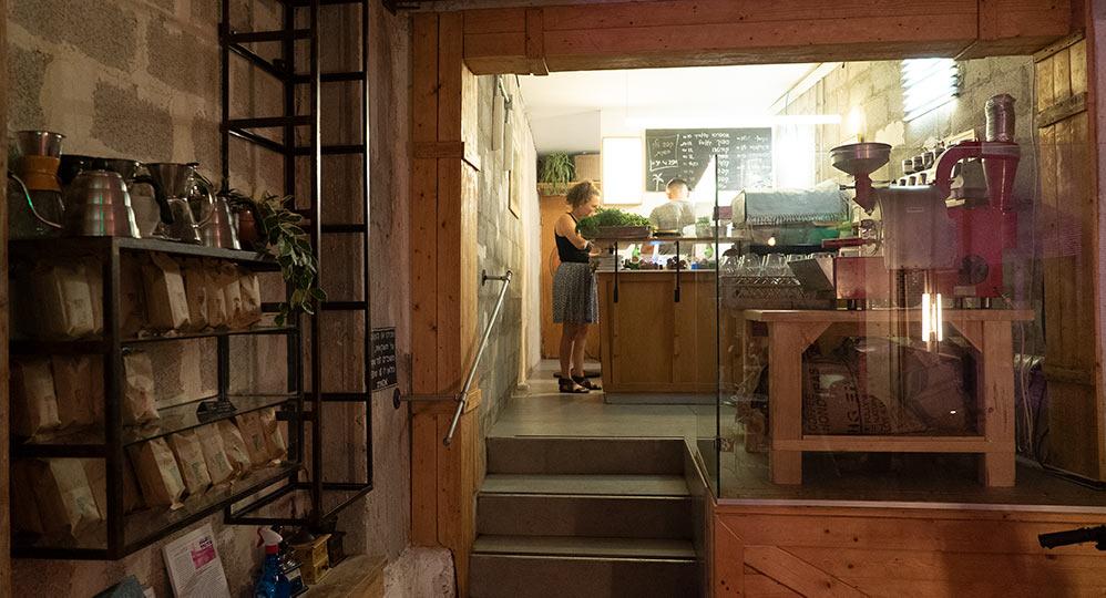טלק קפה ברחוב סירקין בחיפה - שוק תלפיות - באירוע רחוב לסגירת העונה (צילום: ירון כרמי)