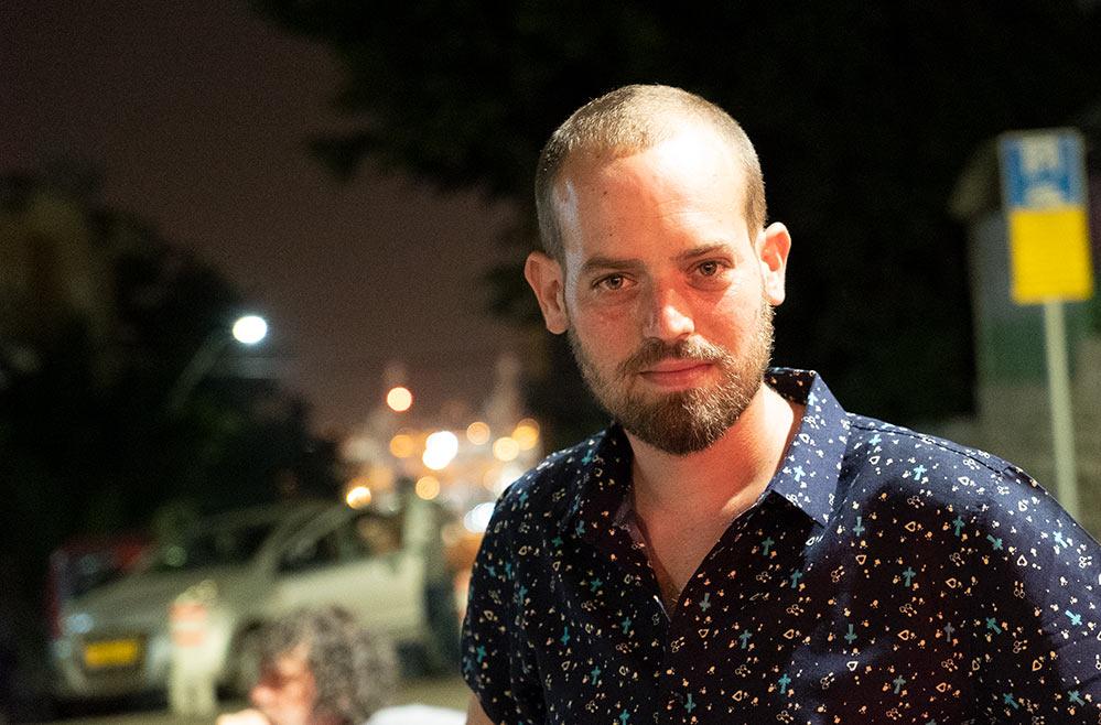 תום חמארה - מפעיל המסעדה בטלק קפה ברחוב סירקין בחיפה - שוק תלפיות - באירוע רחוב לסגירת העונה (צילום: ירון כרמי)