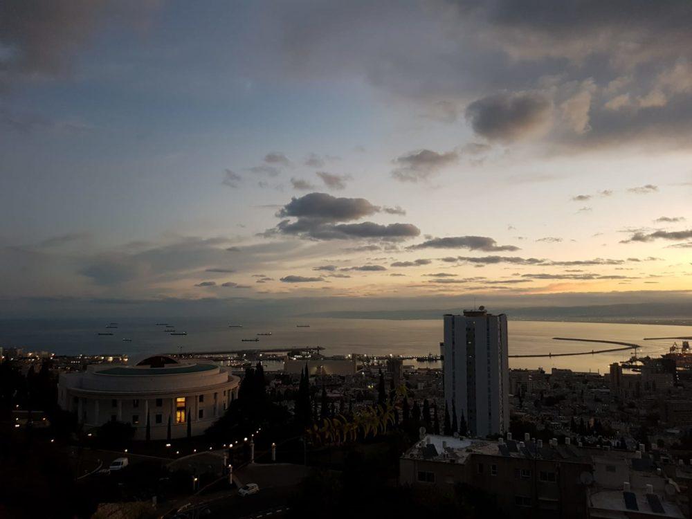 שקיעה של סתיו - מפרץ חיפה (צילום: יאנה נגאי קוסוב)