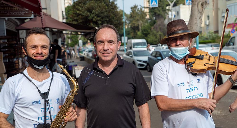 שי פישל ונגנים עולים - יום העולה בחיפה (צילום: ירון כרמי - חי פה)