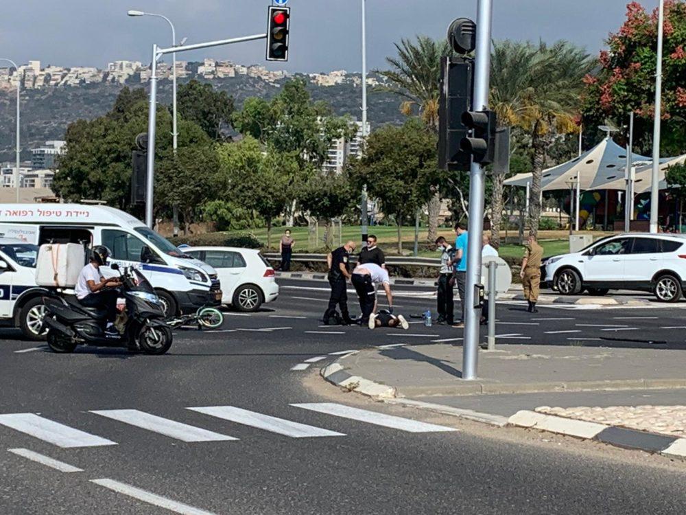 תאונת אופניים חשמליים | טירת כרמל (צילום: נור אלדין)
