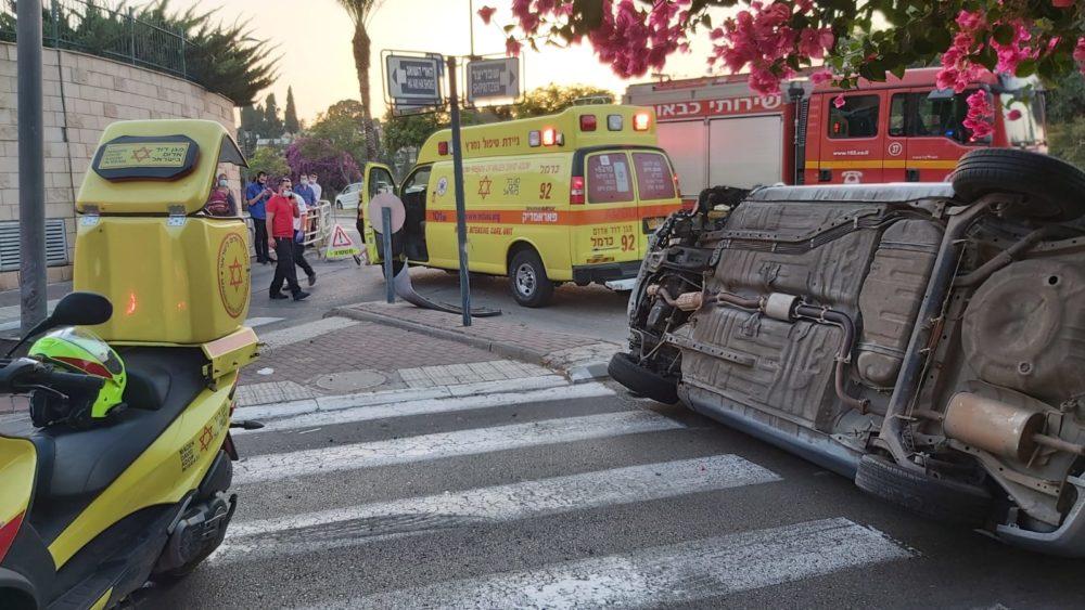 """תאונת דרכים (צילום: מד""""א)"""