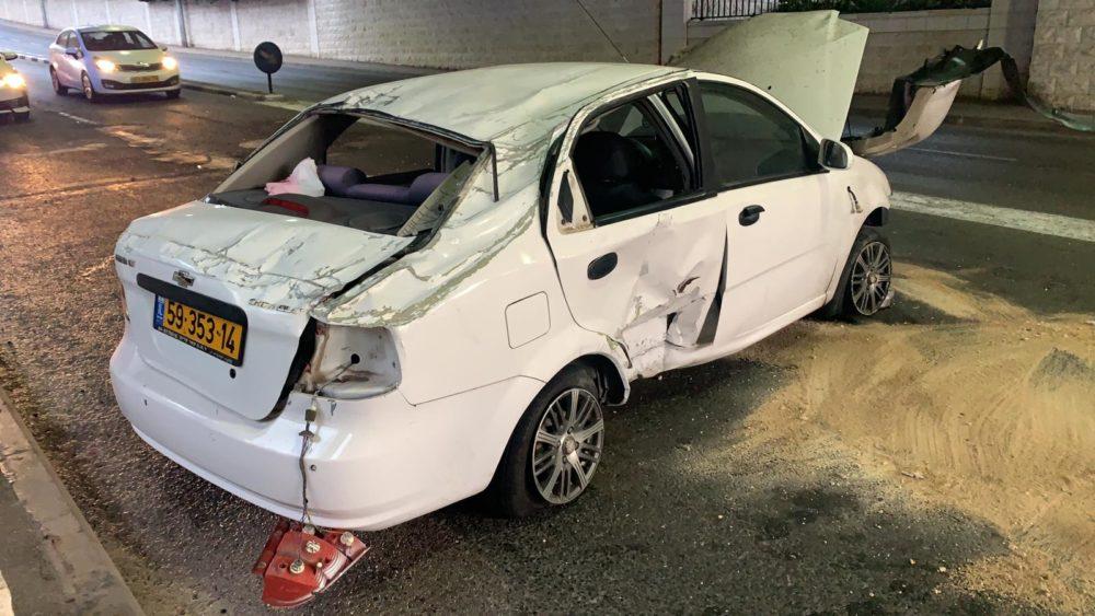 תאונת דרכים (צילום: דוברות המשטרה)