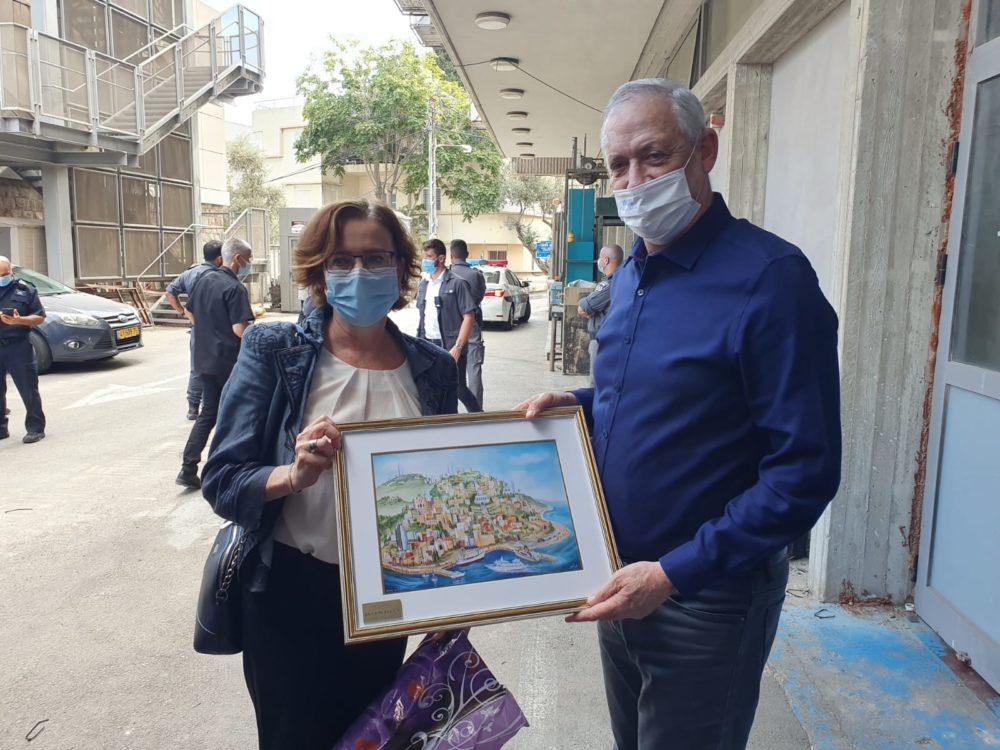בני גנץ בביקור בחיפה (צילום: דוברות עיריית חיפה)