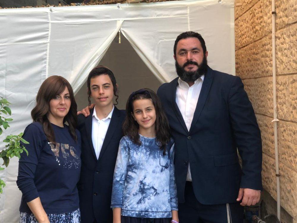 תמונה ראשונה בחיפה | משפחת שוקרון (אלבום פרטי)