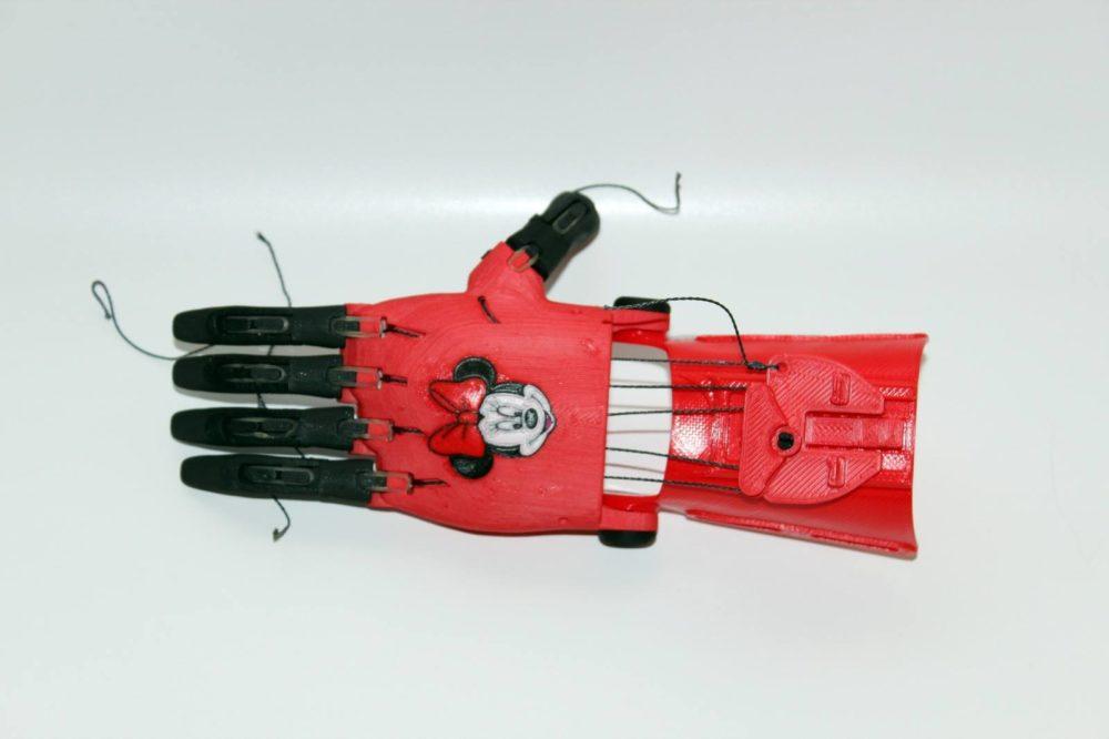 תנו לי יד בתלת מימד (צילום: עמותת HAIFA 3D)
